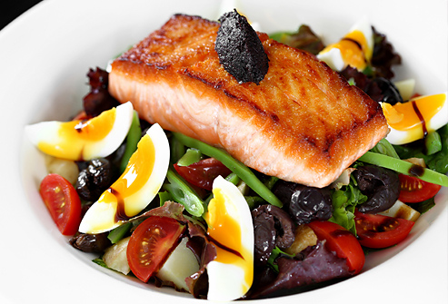 istock_rf_photo_of_high_protein_salad